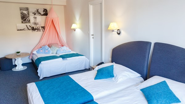 hotel-mirna-family-room-baldehin-extra-bed-18