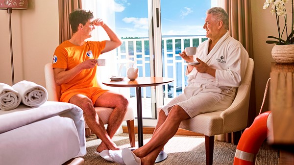 hotel-ghp-storytelling-life-guard-senior-balcony-tea-sea-view-5