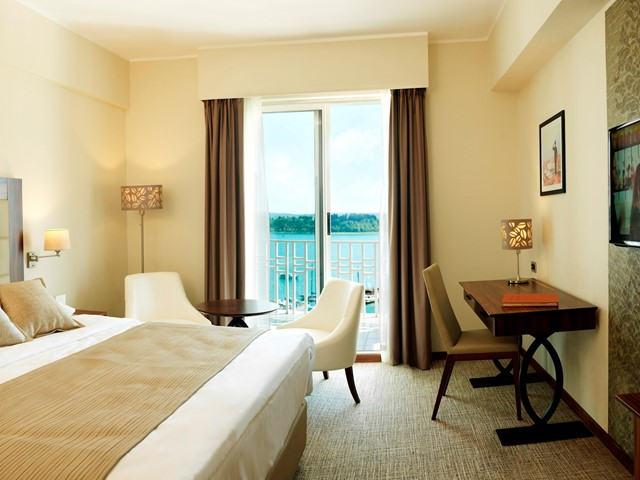 Executive Double Room with sea view and balcony